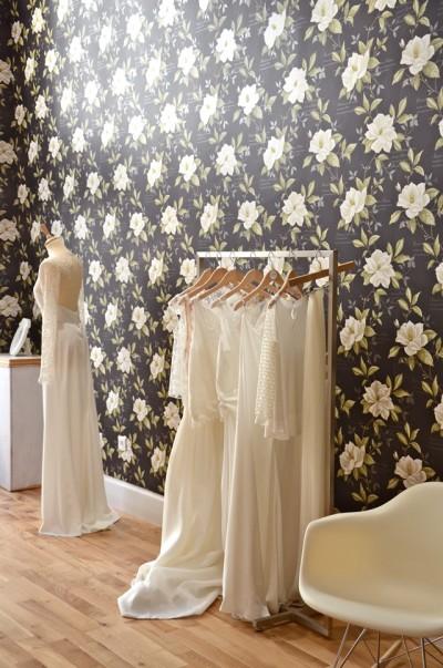 boutique robe de mariee a lyon id es et d 39 inspiration sur le mariage. Black Bedroom Furniture Sets. Home Design Ideas