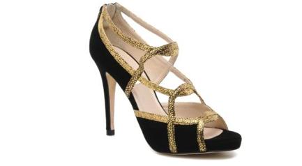 Chaussures de mariee sandales dorees LK Bennett fiancee du panda