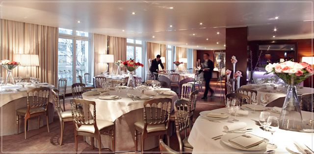Mariage Royal Monceau Raffles Paris - LaFianceeduPanda.com 1