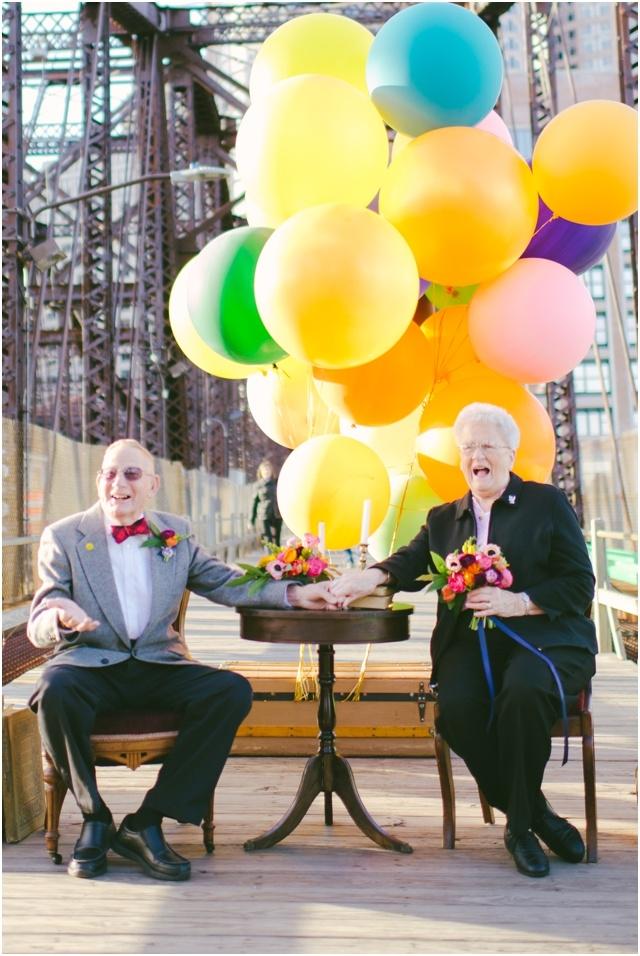 Anniversaire de mariage theme La Haut couple de petits vieux - Cambria Grace - LaFianceeduPanda.com_0016