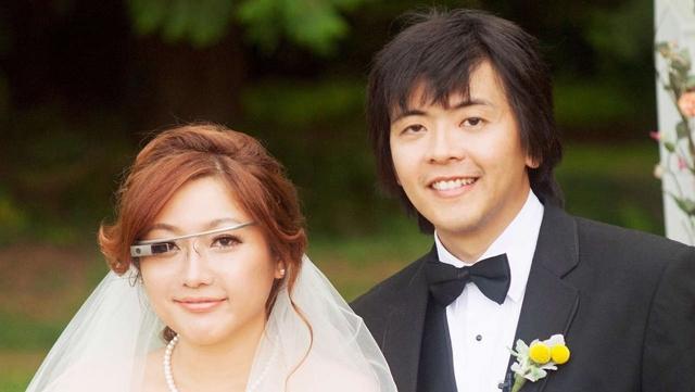 Mariee portant des Google Glass - La Fiancee du Panda Blog mariage