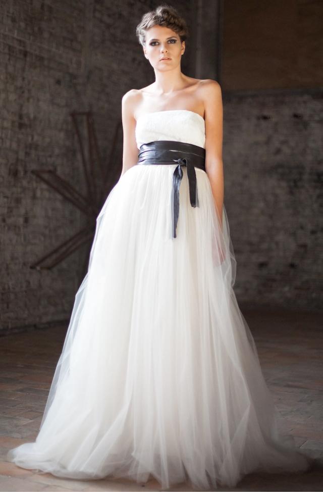 à partir de 2300 euros pour une robe à partir des modèles de ...