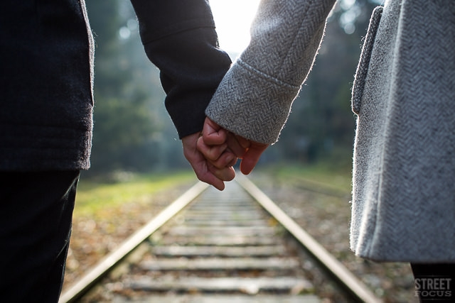 Seance couple petite ceinture Paris - Photographe Streetfocus - La Fiancee du Panda Blog mariage 6