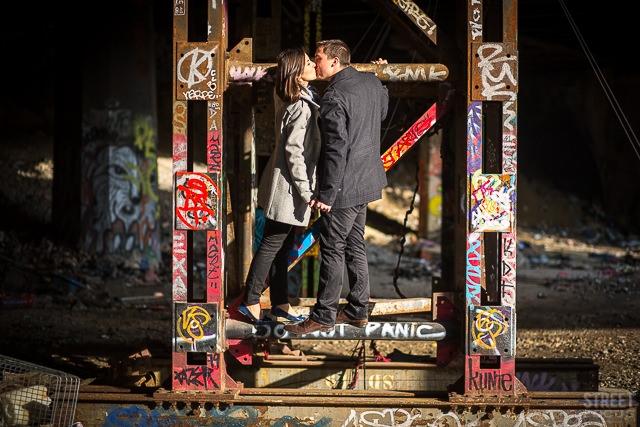 Seance couple petite ceinture Paris - Photographe Streetfocus - La Fiancee du Panda Blog mariage 9