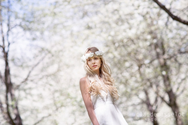 Rhapsodie Paris headband fleur cheveux mariee - photo Claude Masselot - La Fiancee du Panda Blog mariage
