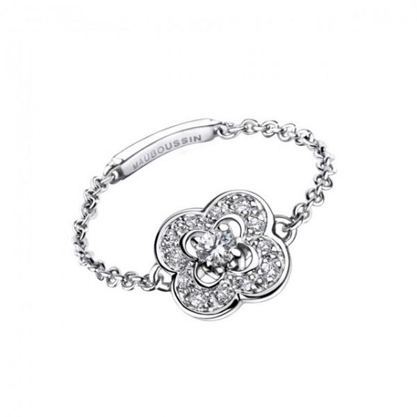 Bague-de-fiancailles-Mauboussin-or-blanc-diamants-sur-chaine-modele ...