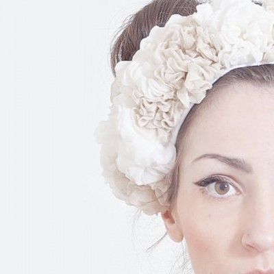 Headband-fleurs-tissu-JonidaSmakaj-Etsy-La-Fiancee-du-Panda-blog-Mariage-et-Lifestyle