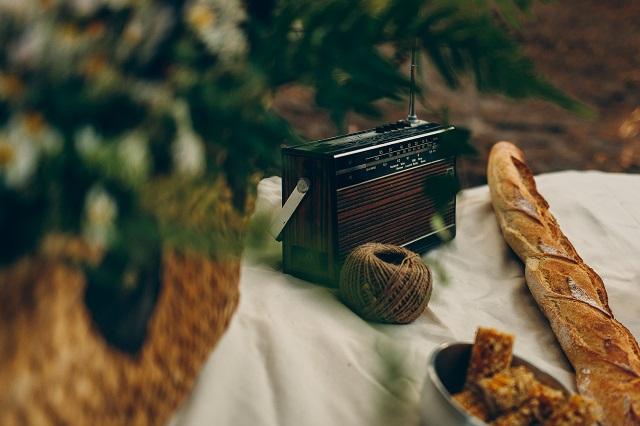 Mariage dans la foret shooting inspiration La Cerf des Confidences - photo Fabien les Bons Moments  - La Fiancee du Panda blog mariage-119