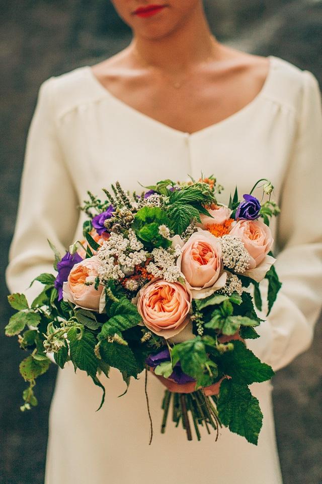 Mariage dans la foret shooting inspiration La Cerf des Confidences - photo Fabien les Bons Moments  - La Fiancee du Panda blog mariage-33
