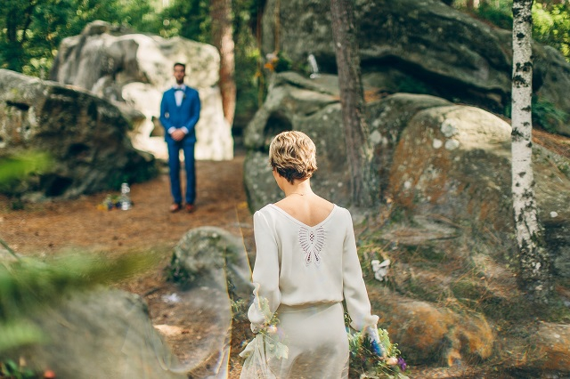 Mariage dans la foret shooting inspiration La Cerf des Confidences - photo Fabien les Bons Moments  - La Fiancee du Panda blog mariage-70
