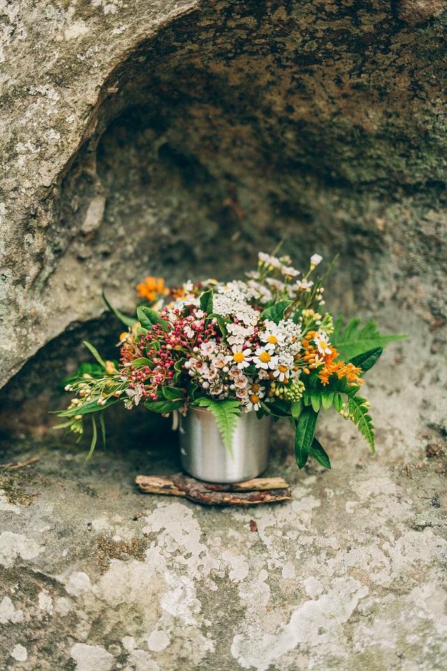 Mariage dans la foret shooting inspiration La Cerf des Confidences - photo Fabien les Bons Moments  - La Fiancee du Panda blog mariage-92