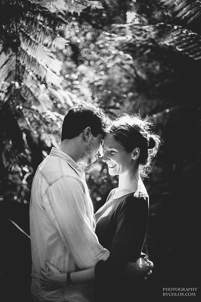 Seance couple naturelle session engagement - photographe By Chloe - La Fiancee du Panda blog mariage-36