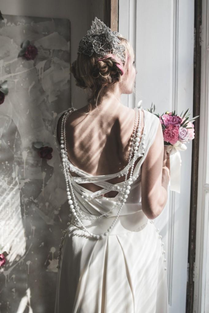Inspiration deco mariage en blanc l Photos La Femme Gribouillage - fleurs Lily Paloma l La Fiancée du Panda blog mariage--24