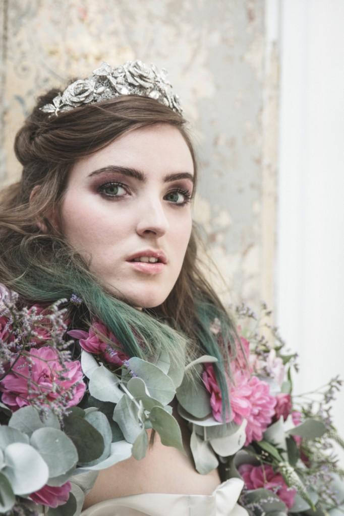 Inspiration deco mariage en blanc l Photos La Femme Gribouillage - fleurs Lily Paloma l La Fiancée du Panda blog mariage--3