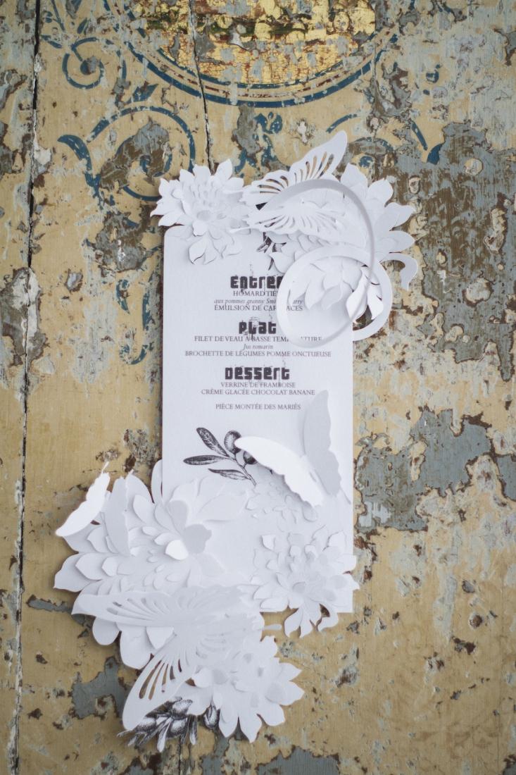 Inspiration deco mariage en blanc l Photos La Femme Gribouillage - fleurs Lily Paloma l La Fiancée du Panda blog mariage--31