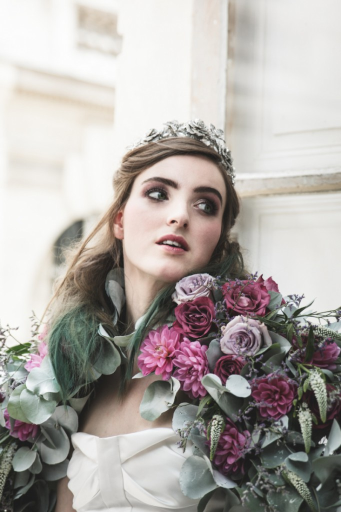 Inspiration deco mariage en blanc l Photos La Femme Gribouillage - fleurs Lily Paloma l La Fiancée du Panda blog mariage--8