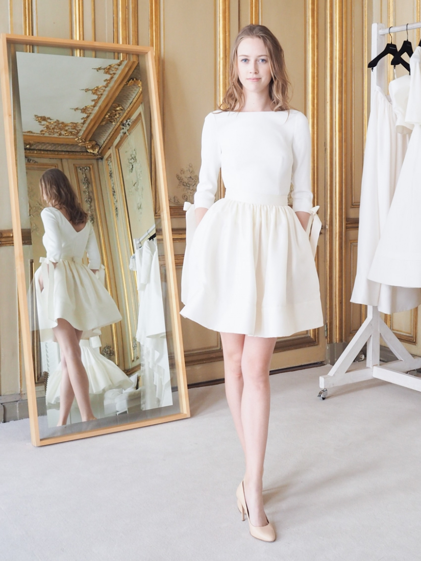 Robe de mari e delphine manivet la nouvelle collection for Collection de robe de mariage disney