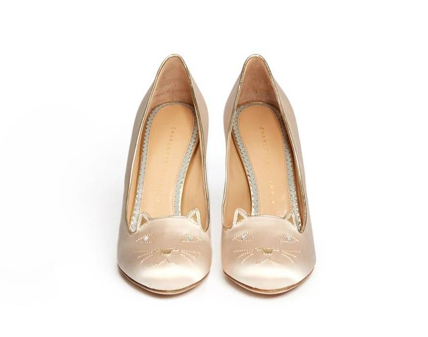 Chaussures mariee blanches l Charlotte Olympia escarpins chat l La Fiancee du Panda blog mariage