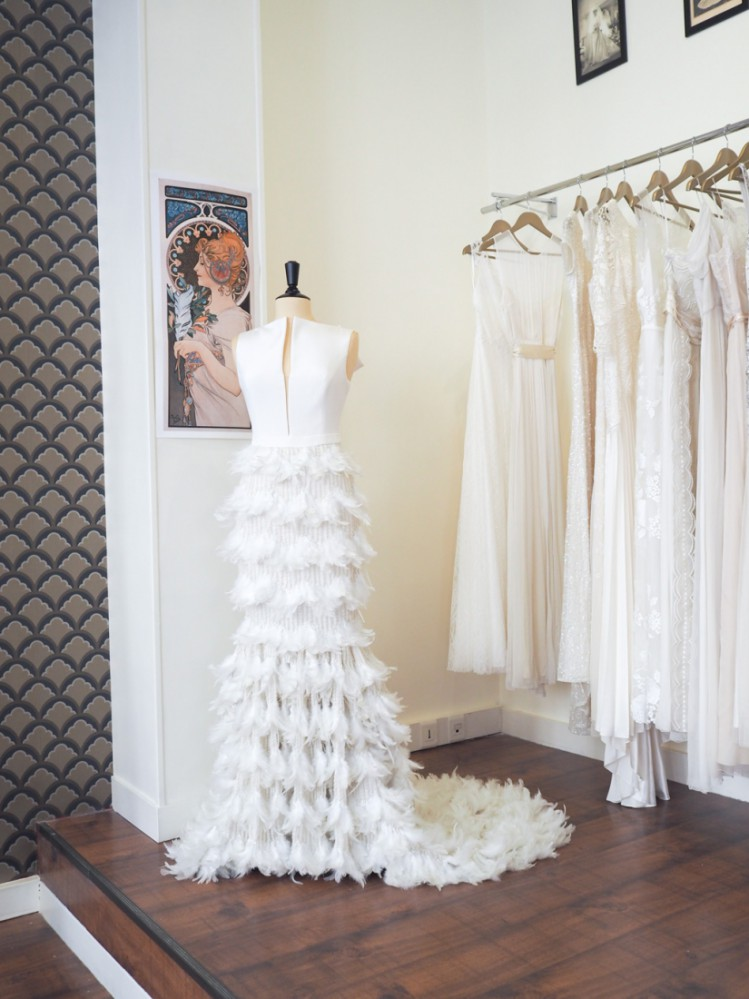 Rétro-chic} Plume, une jolie boutique de robe de mariée à Paris