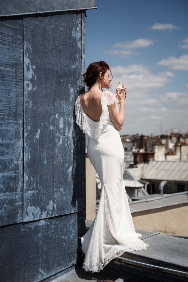 Robe de mariee dos nu romantique Marion Kenezi creatrice Paris l Photo Gwel l La Fiancee du Panda blog mariage