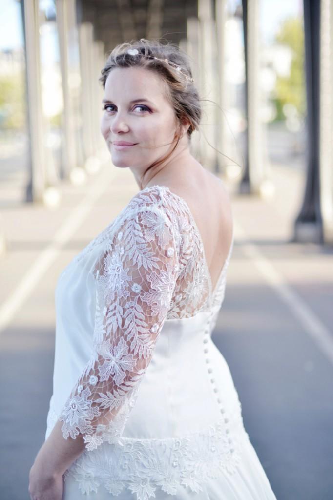 Robe de mariee femme ronde Stephanie Wolff Paris l Photographe Julie Coustarot l DA et stylisme La Fiancee du Panda - blog mariage 3