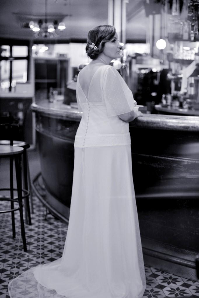 Robe de mariee femme ronde sur mesure creatrice Stephanie Wolff Paris l Photographe Julie Coustarot l DA et stylisme La Fiancee du Panda - blog mariage