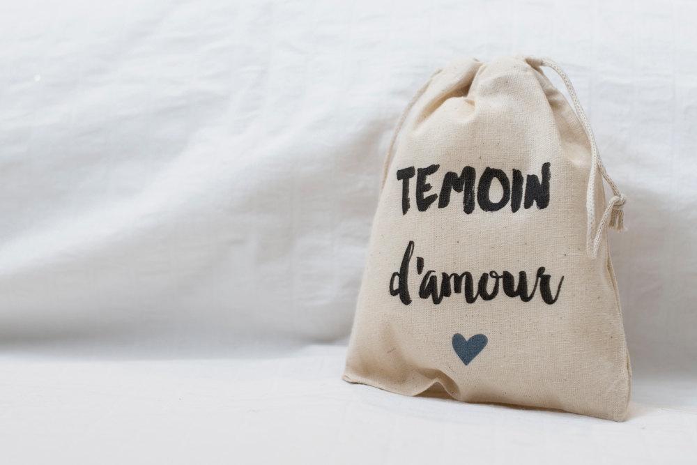 Pochon coton cadeau pour mes temoins de mariage Etsy Le plus beau jour l La Fiancee du Panda blog mariage et lifestyle