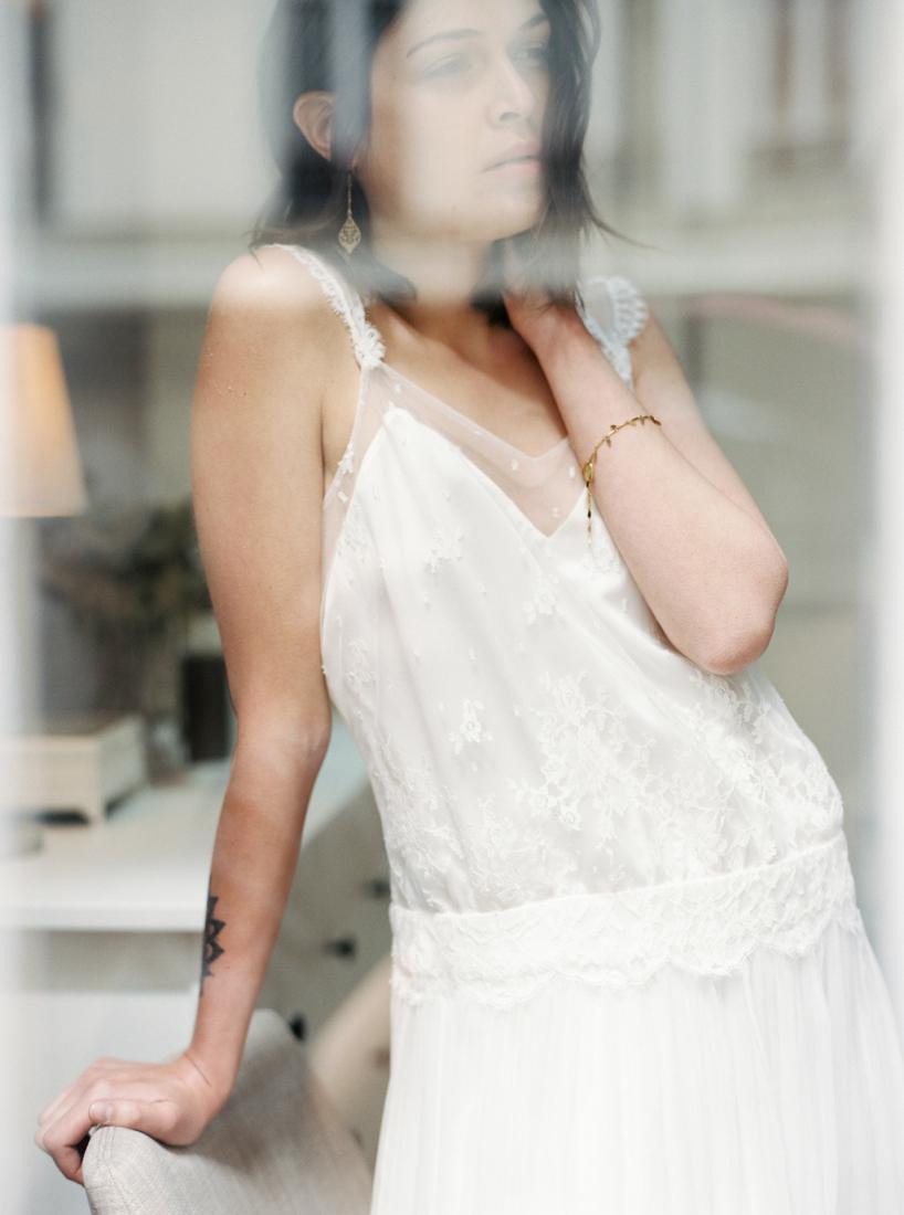 Robe de mariee sur mesure Paris Stephanie Wolff creatrice collection 2017 l Credit photo l'Artisan Photographe l La Fiancee du Panda blog mariage--14