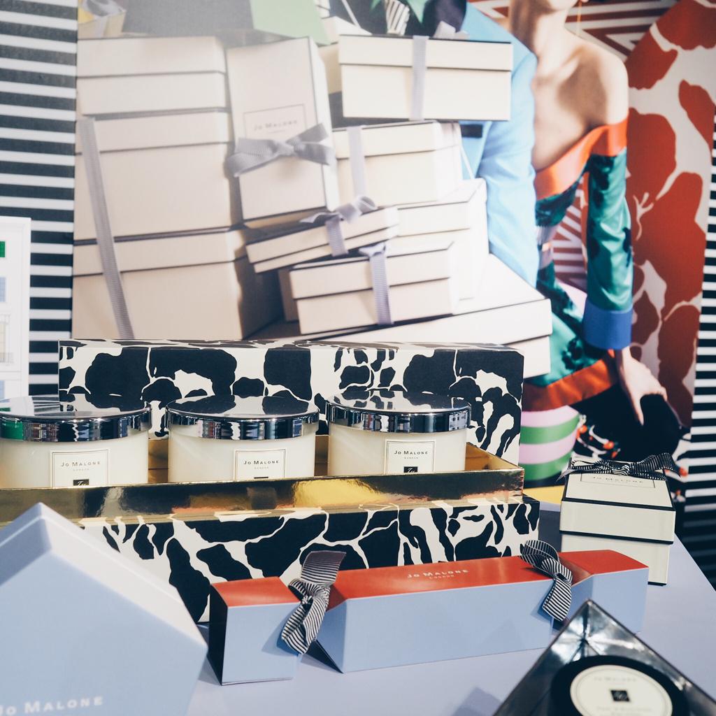 Collection-Jo-Malone-Noel-2017-boite-collector-Le-Bon-Marche-prix-l-La-Fiancee-du-Panda-blog-mariage-et-lifestyle