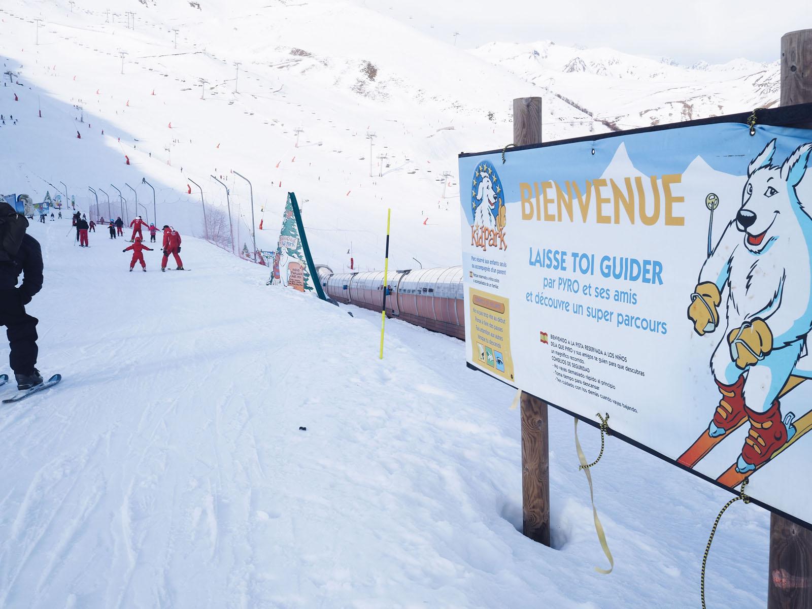 Vacances au ski en famille Hautes Pyrenees bonnes adresses hotel station l La Fiancee du Panda blog mariage et lifestyle-1038309