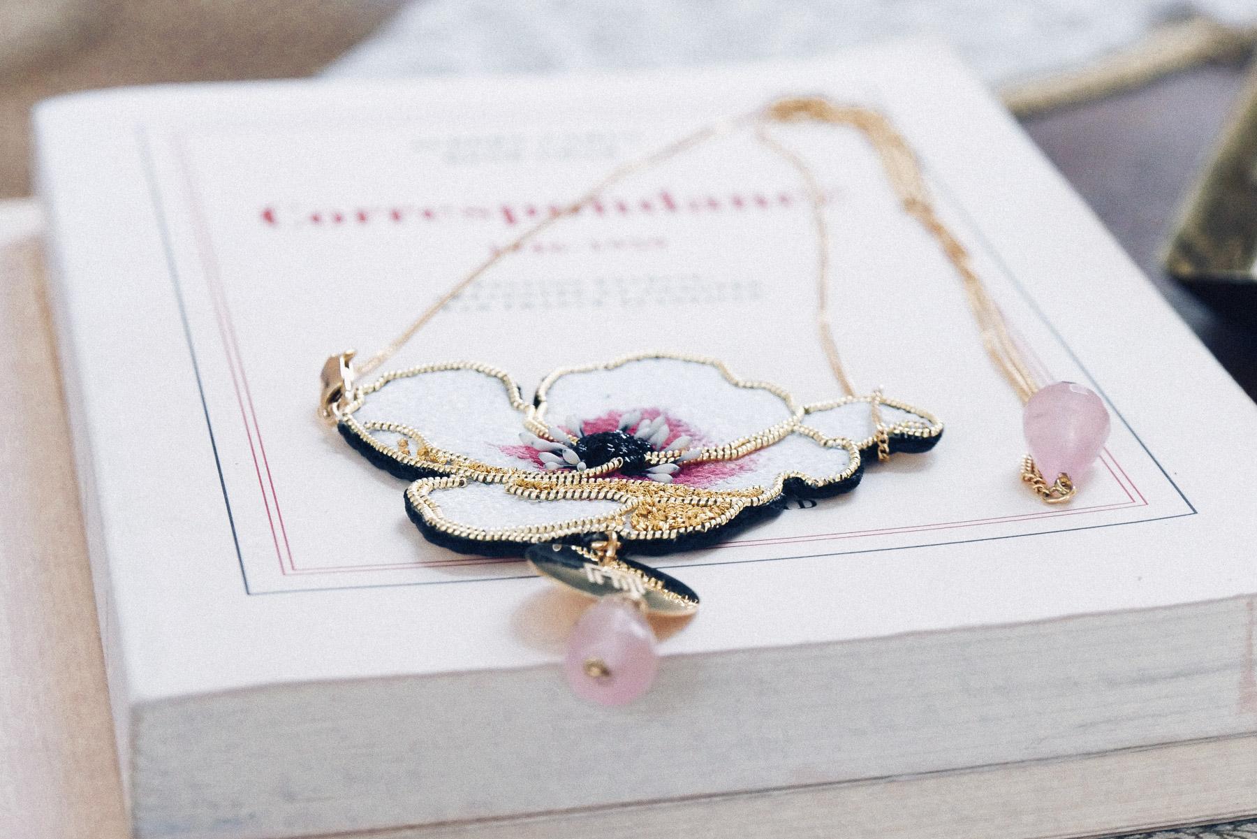 Bijoux de cheveux fait main Nini Peony collaboration La Fiancee du Panda blog mariage et lifestyle-1180421